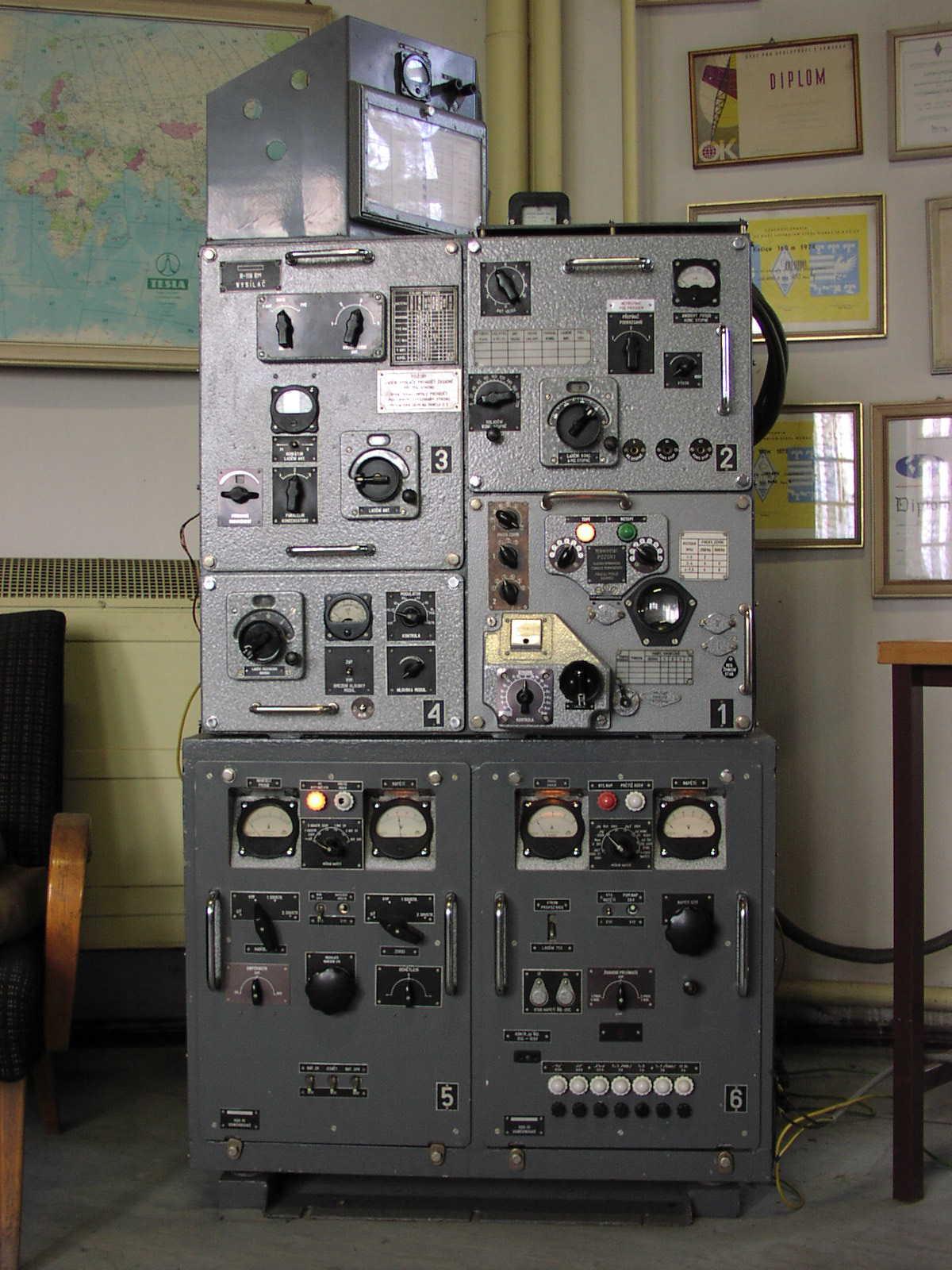 Радиостанция Р-118 - Страница 2